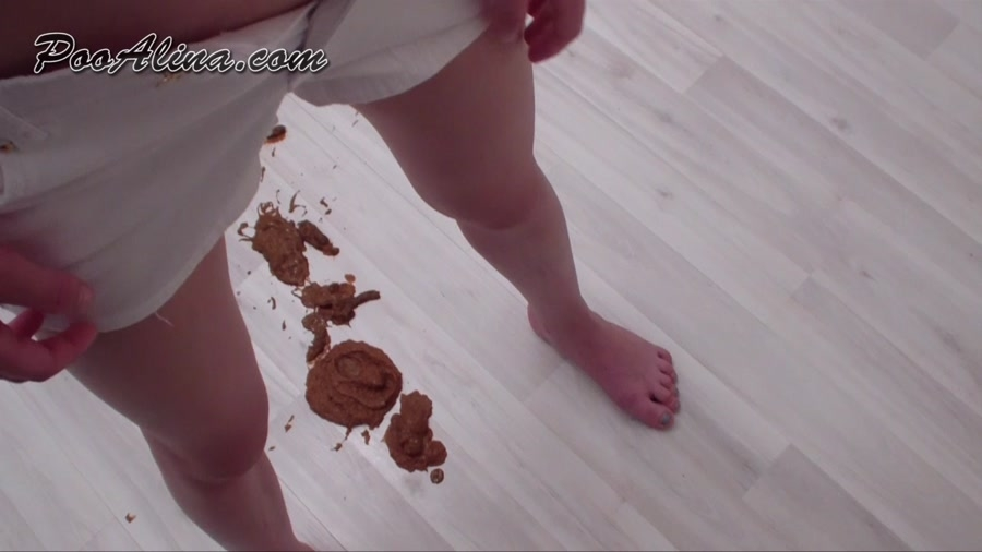 Alina Pooping In White Shorts And Smeared Shit Ass - HD 720p MPEG-4 Video 1280x720 29.970 FPS 5985 kb/s - (Actress: Pooalina 2018)