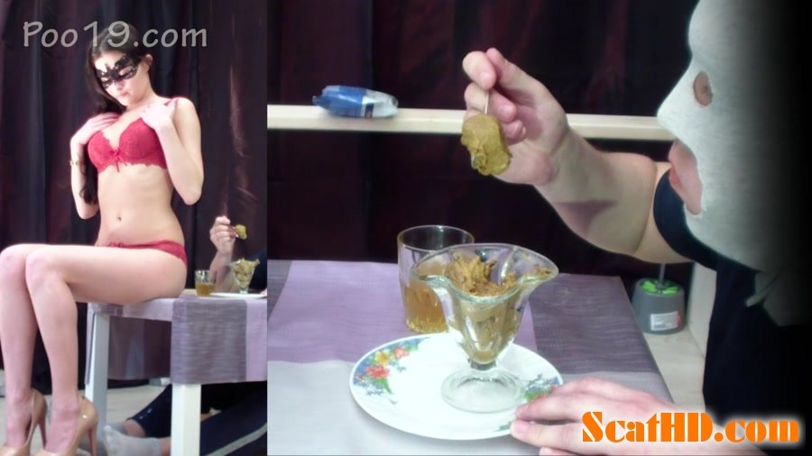 Very tasty dessert from Christina - FullHD Quality MPEG-4 Video 1920x1080 29.970 FPS 10.2 Mb/s - (Actress: Smelly Milana 2018)