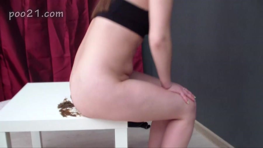 Milana Pooping in Panties With Farting - HD 720p MPEG-4 Video 1280x720 29.970 FPS 6189 kb/s - (Actress: MilanaSmelly 2018)