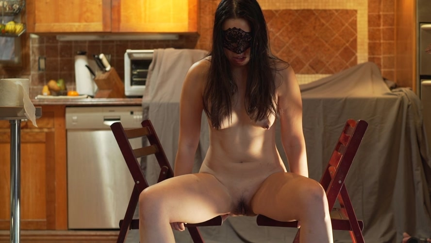 Shitting between two chairs - FullHD 1920x1080 - (Actress: MistressSophia  2018)