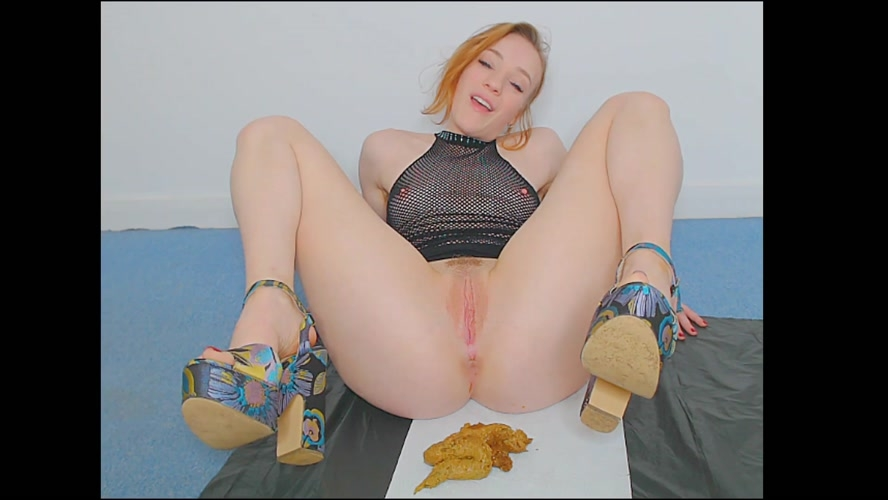 Relieving my bulging belly in heels - FullHD 1920x1080 - (Actress: Spankmepink 2019)