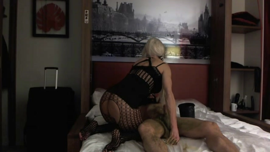 Exxxtreme Scat Pig in Paris Part 1 - FullHD 1920x1080 - (Actress: Marlinda Branco 2019)