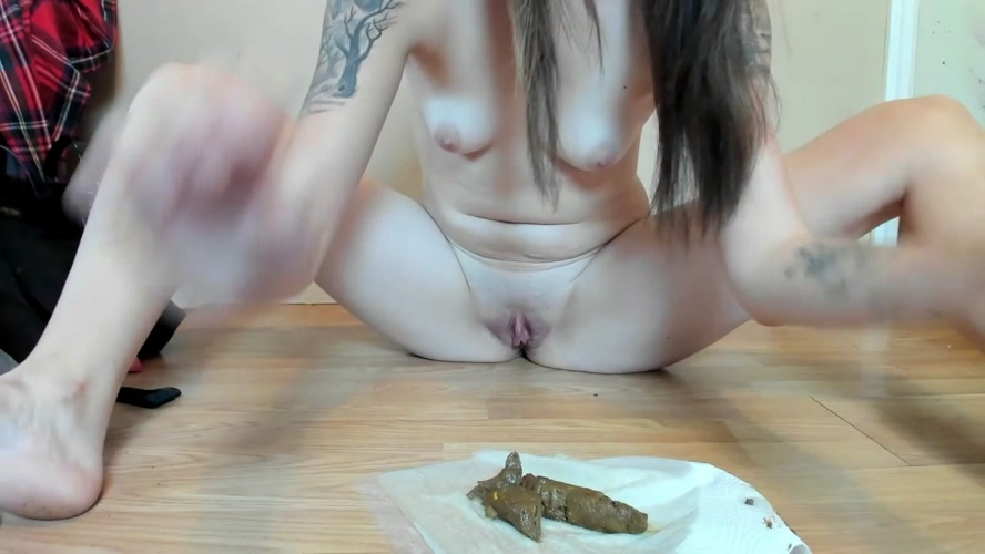 Relief and Turd Licking - HD 1280x720 - (Actress: missellie8 2019)