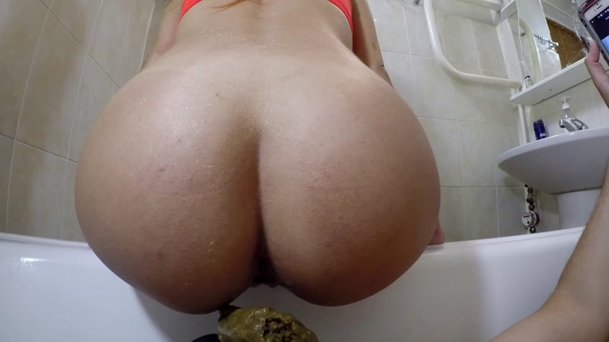 My Disgusting Stinky Toilet - UltraHD/2K 2560x1440 - (Actress: marcos579  2020)