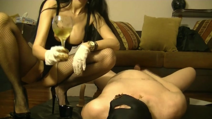 Scat dommes and cock sucking whore girl - FullHD 1920x1080 - (Actress: GoddessAndreea  2020)